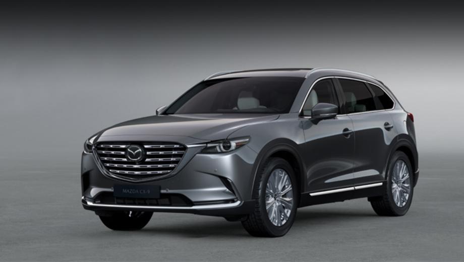 Mazda cx-9. Одно из изменений во внешности — новый рисунок на решётке радиатора, другое — новый дизайн 20-дюймовых колёсных дисков. Увеличен диаметр выхлопных патрубков.