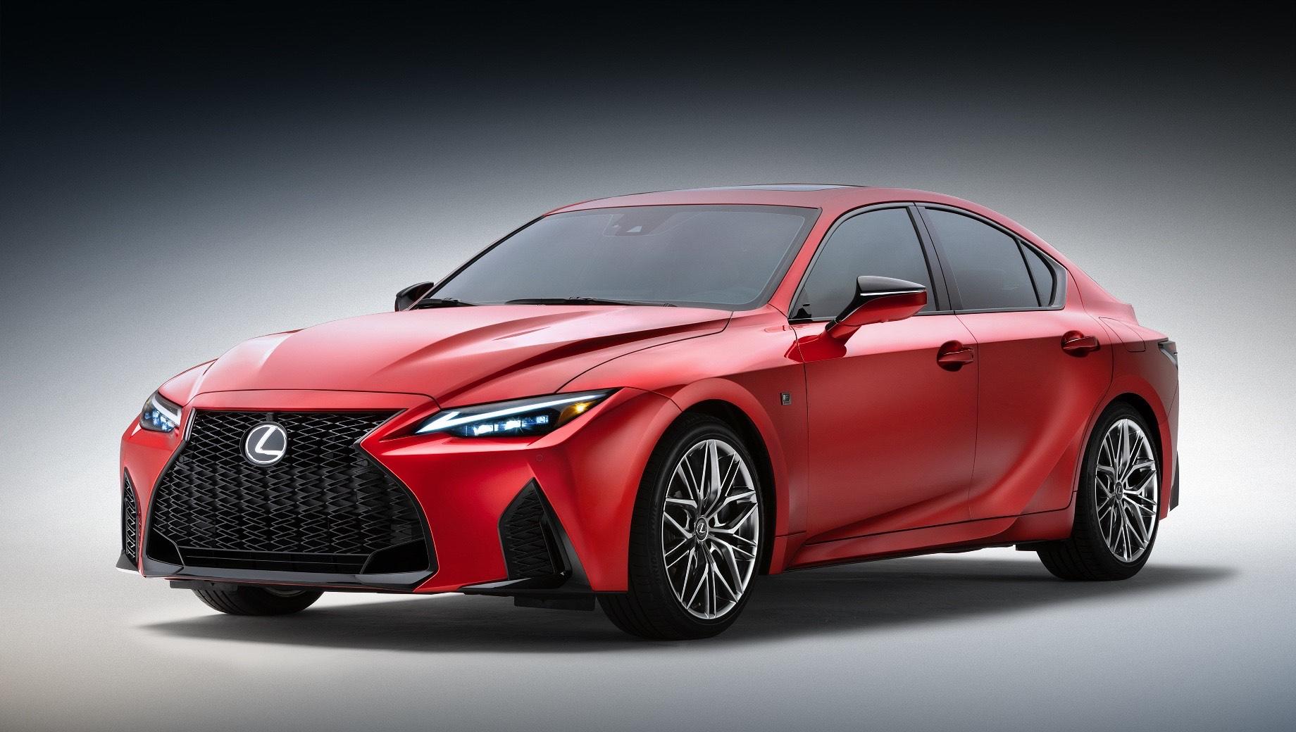 Lexus открыл новую линейку седаном IS 500 F Sport Performance