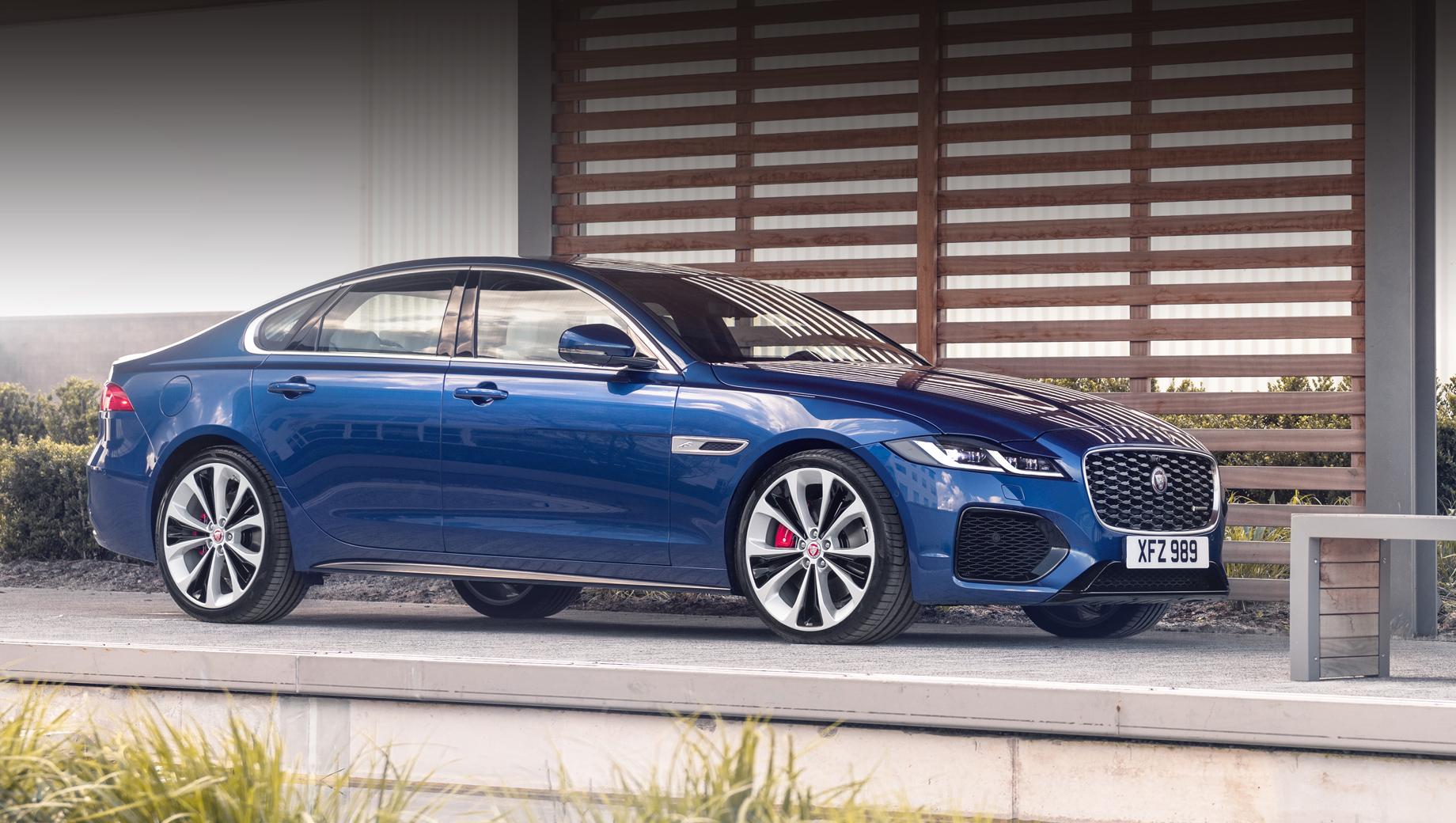 Jaguar xf. В прошлом году на нашем рынке было продано 39 Ягуаров XF (–64% к 2019 году), тогда как лидер сегмента, «ешка», превышает порог в шесть тысяч штук.