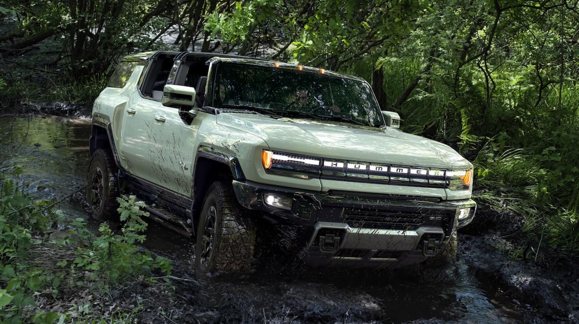 Внедорожник GMC Hummer EV оказался проще пикапа
