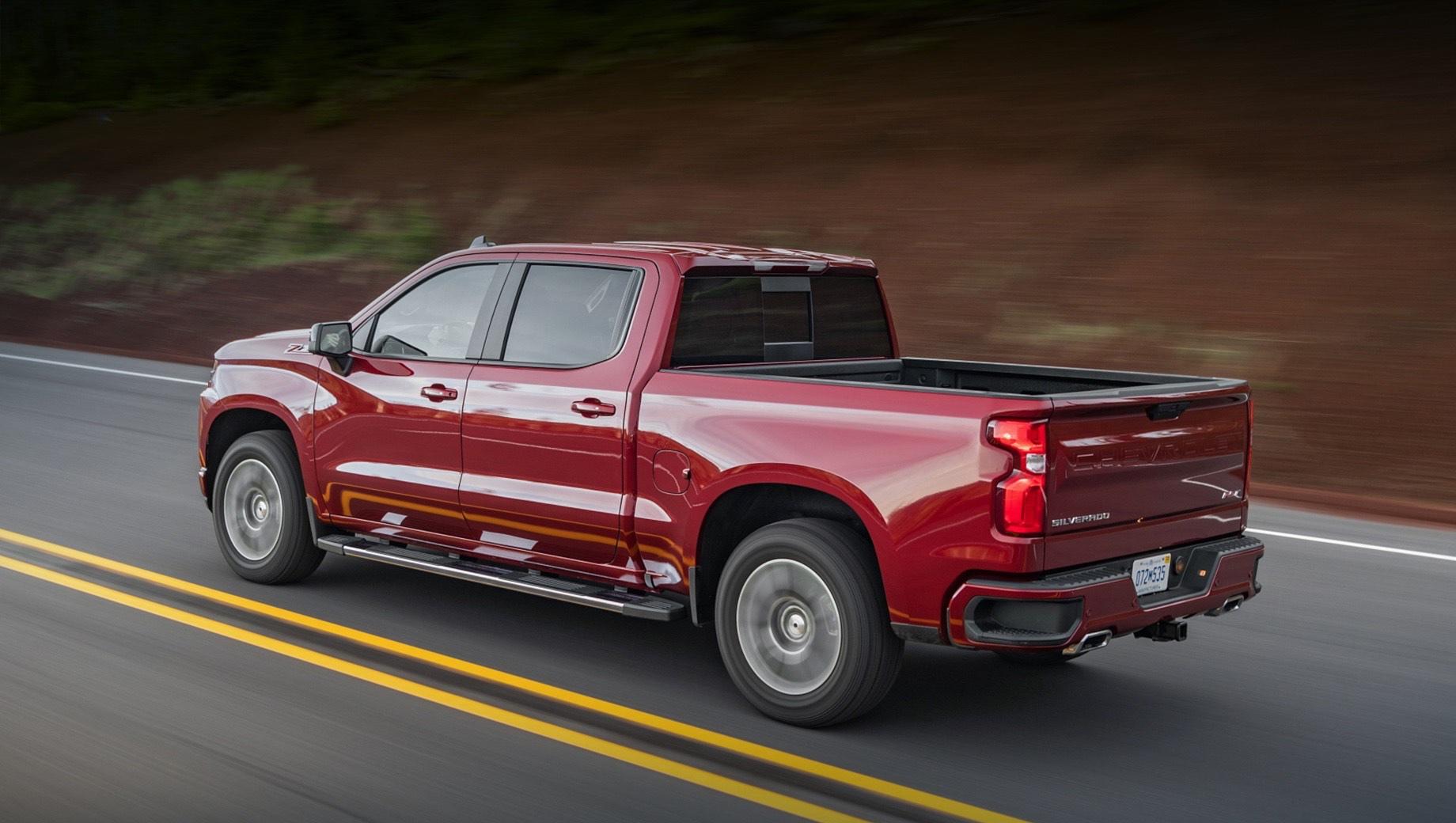 Chevrolet bet truck. По размеру BET Truck должен быть сравним с Silverado (на фото). То есть речь идёт о машине длиной 5,2–5,4 м. Но электрическая модель, скорее всего, будет позиционироваться как самостоятельное предложение, не ещё одна версия Silverado.