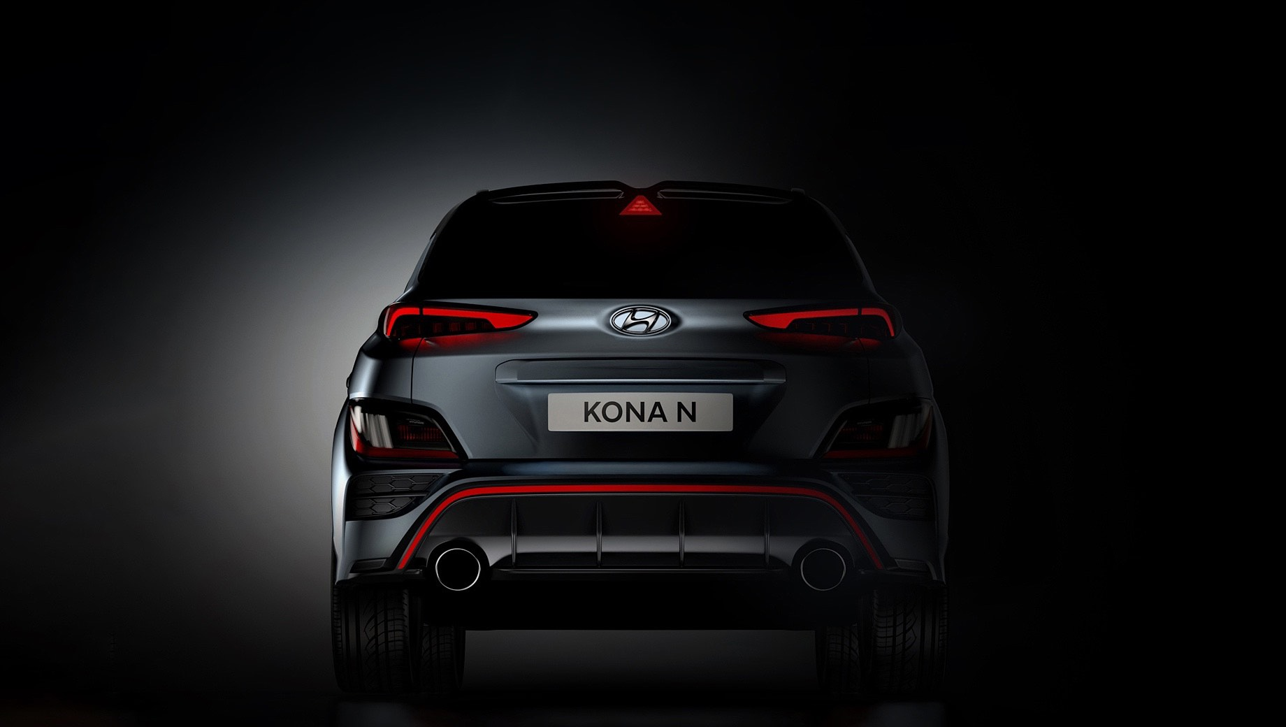 Hyundai kona,Hyundai kona n. По отдаче наддувная «четвёрка» Коны N уступает агрегату, что ставится на кроссовер Volkswagen T-Roc R. У корейской модели в активе есть 280 сил и 392 Н•м, а у немецкой — 300 л.с. и 400 ньютон-метров.