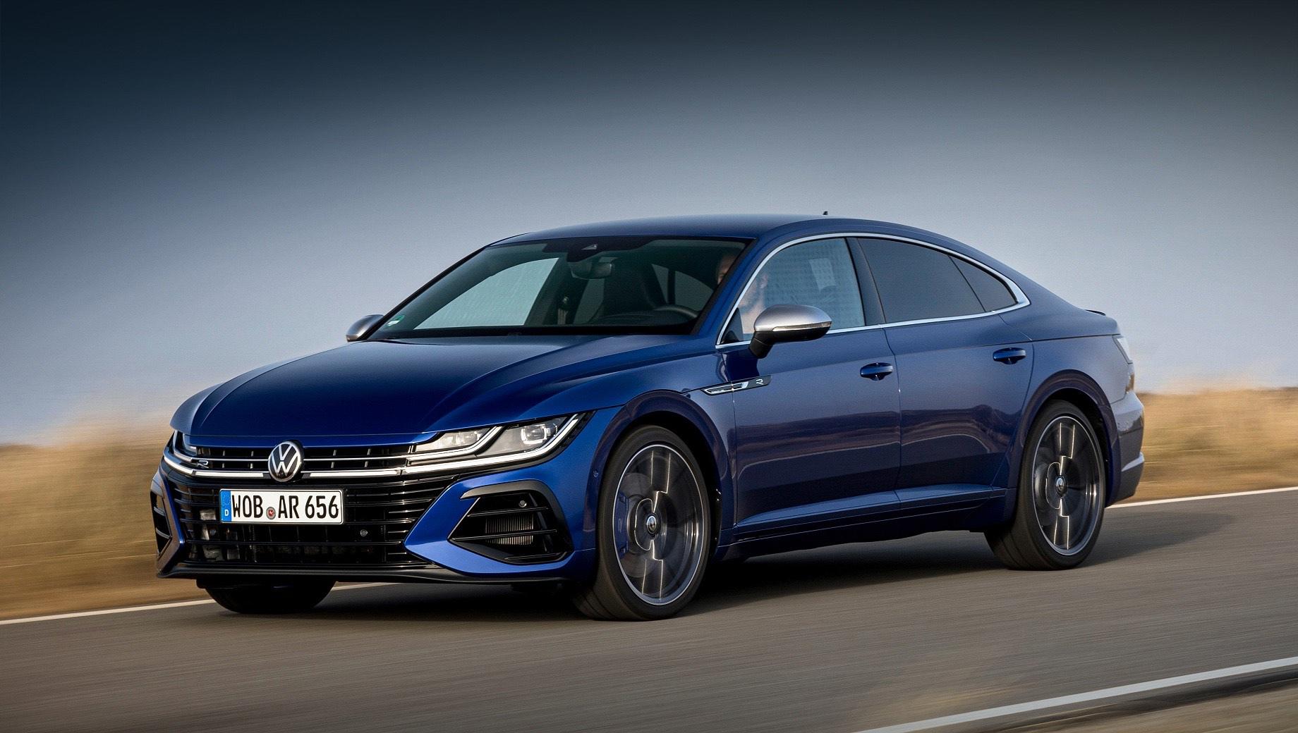 Volkswagen Arteon R поступил в продажу по немалой цене