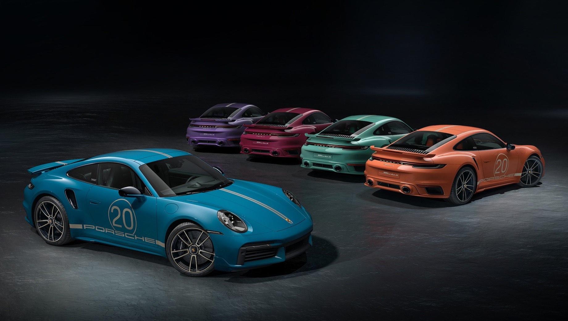 Porsche 911,Porsche 911 turbo s 20 years porsche china edition,Porsche 911 turbo s. Помимо цвета кузова, двухдверки выделяются характерными полосами с крупной цифрой 20 на дверях и соответствующими шильдиками. В остальном — это обычный Turbo S.