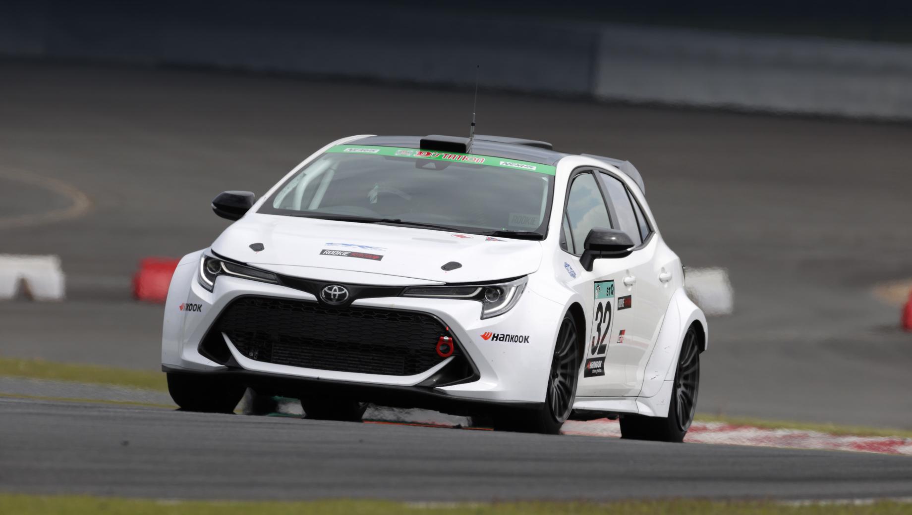 Toyota corolla sport. Испытания необычного гоночного хэтча начались на автодроме Fuji International Speedway.