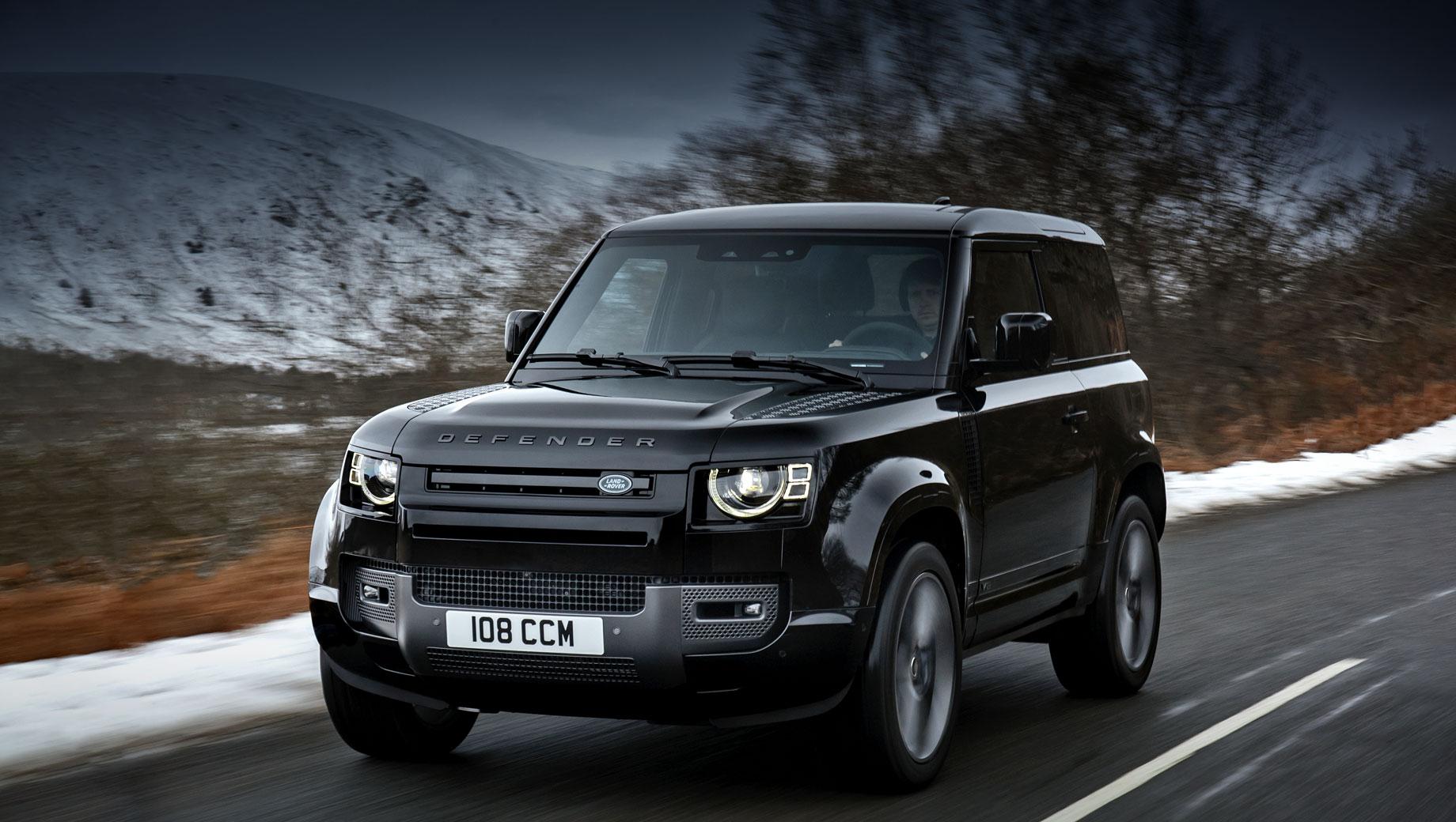 Дополнено: Land Rover Defender V8 добрался до России