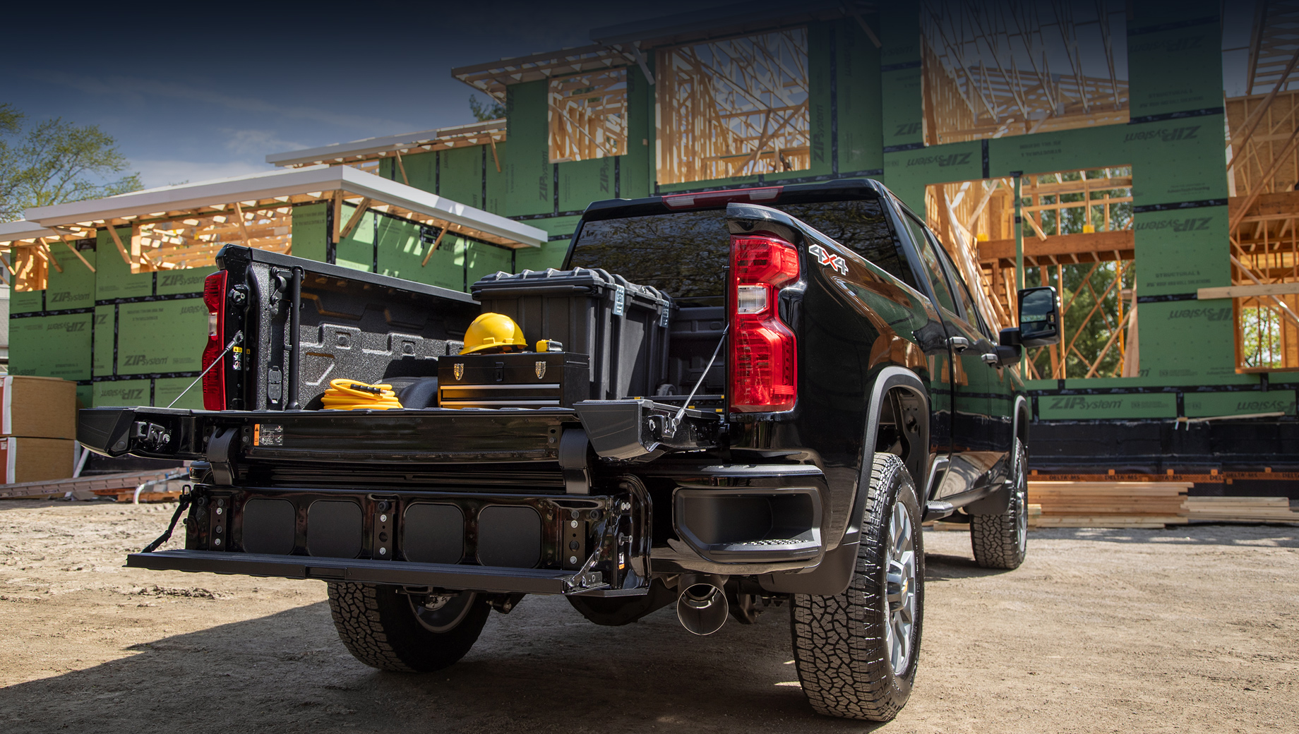 Chevrolet Silverado HD получил многофункциональный борт