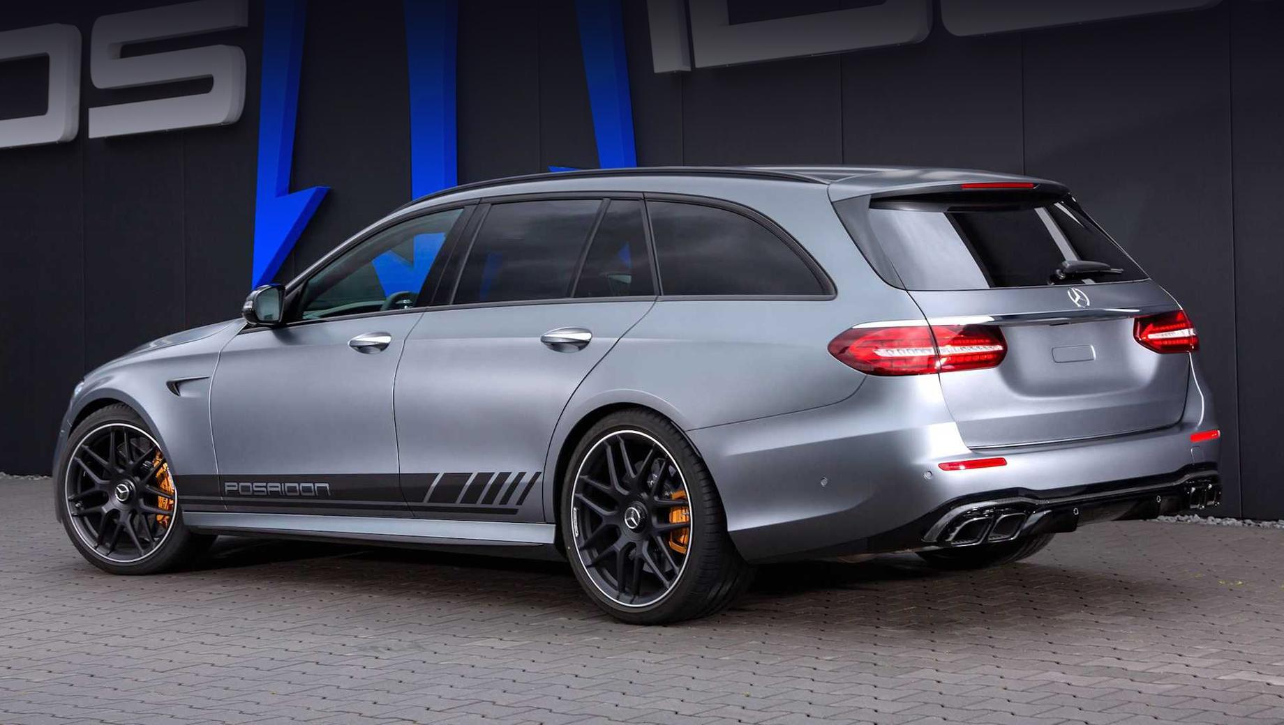 Mercedes e,Mercedes e amg. Максималка такого универсала ограничена электроникой ради продления срока жизни шин, но ограничение это внушительное: 350 км/ч.