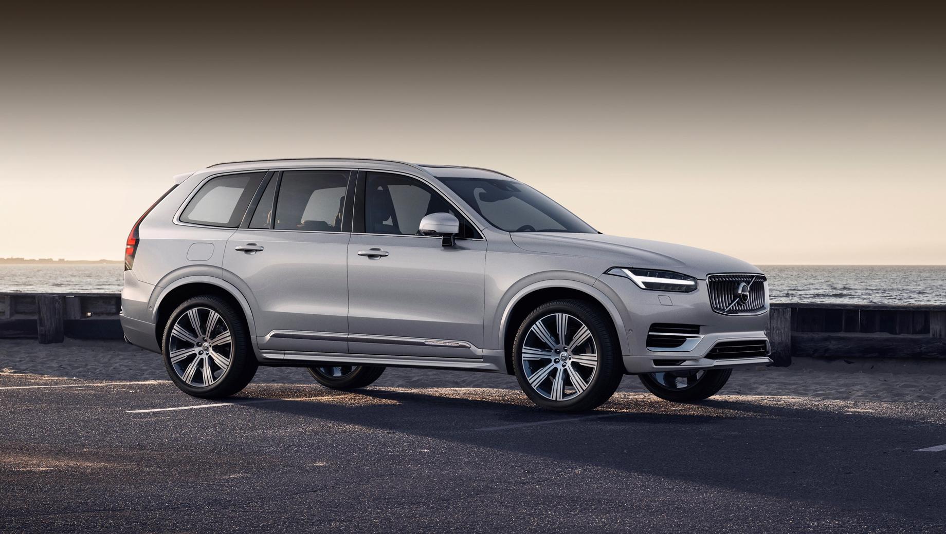 Volvo xc90,Skoda octavia,Skoda superb,Seat exeo. Volvo XC90 последний раз отзывался совсем недавно: в марте 2021 года понадобилась проверка крепления модуля управления подушками безопасности.