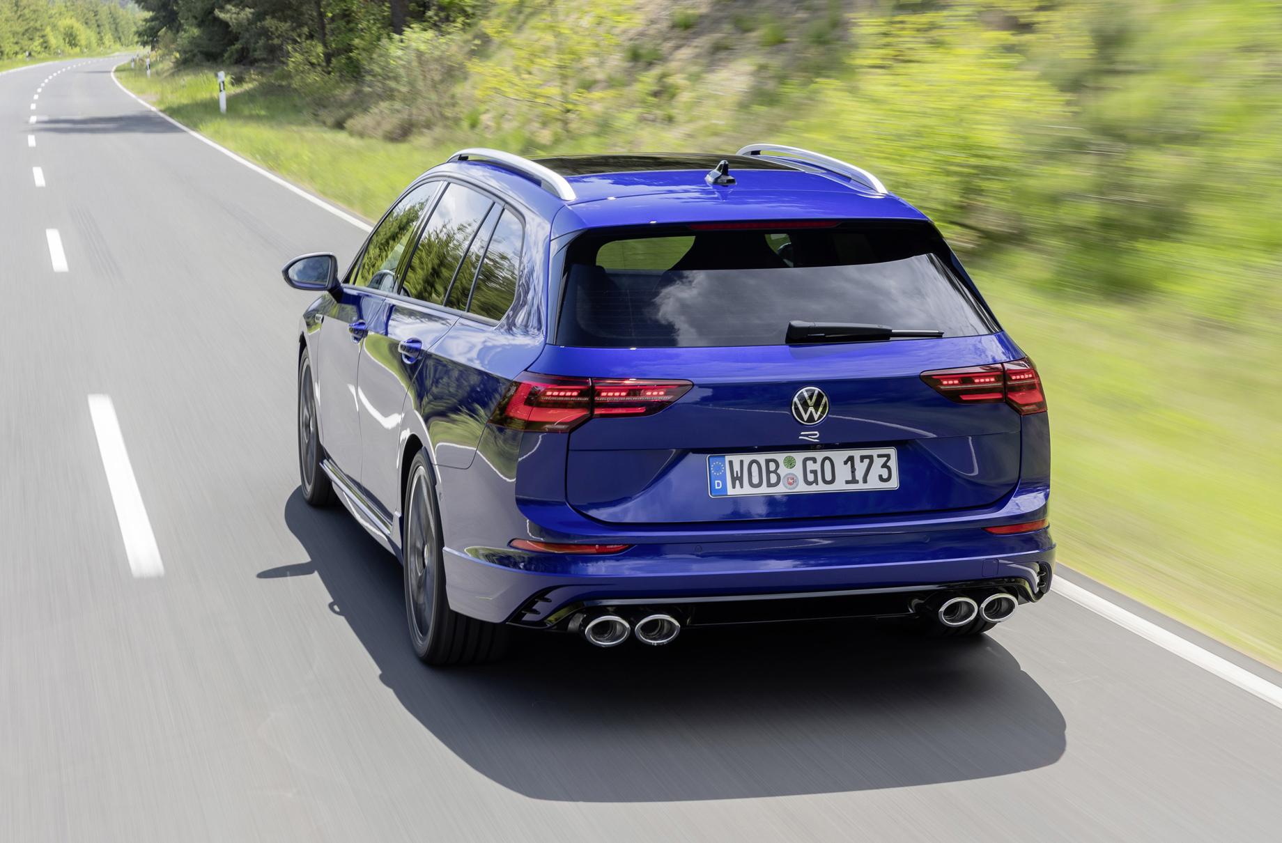 Volkswagen Golf R Variant позвал на Нюрбургринг и в путешествия