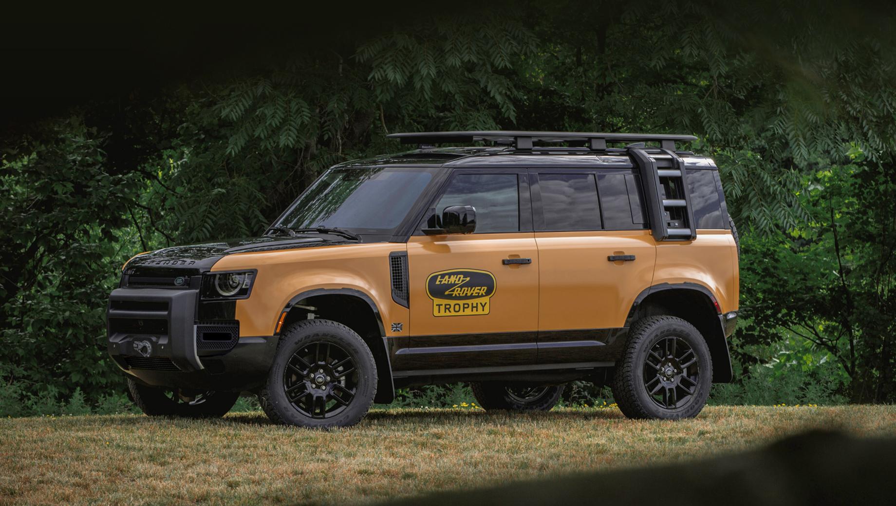 Land rover defender. Жёлто-чёрная раскраска и крупный исторический логотип Ленд Ровера на двери выделяют спецсерию уже при беглом взгляде.