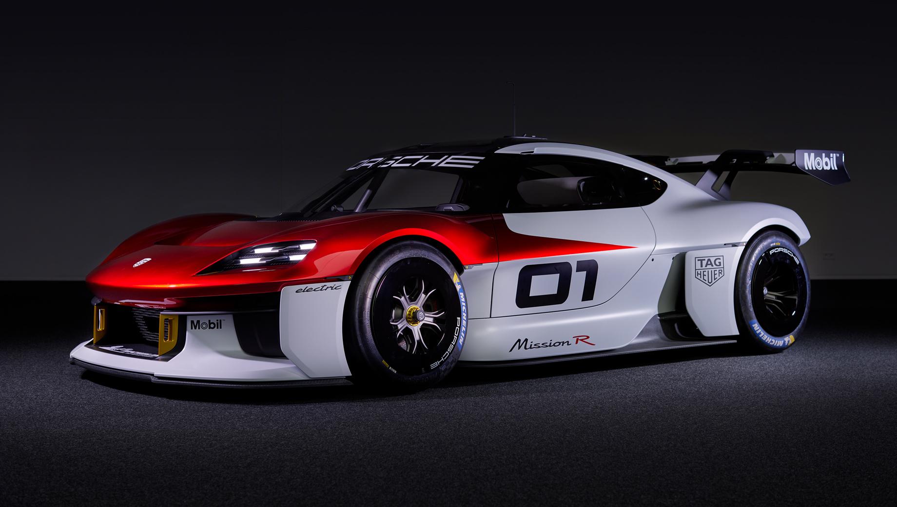 Porsche mission r,Porsche concept. По длине (4326 мм) Porsche Mission R чуть короче Каймана 718, но существенно шире и ниже (1990 и 1190 мм).