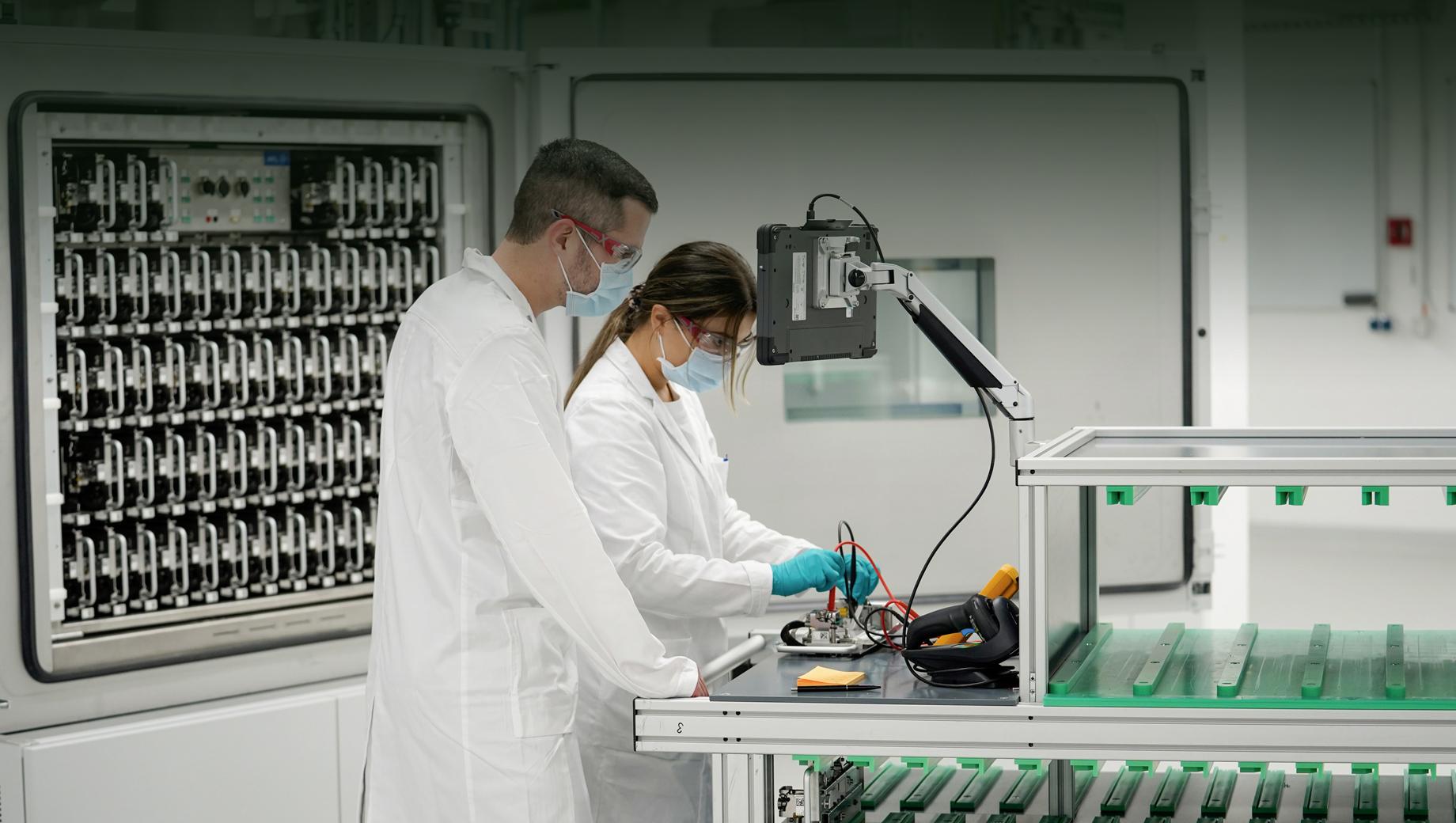Volkswagen открыл лабораторию батарей в Зальцгиттере