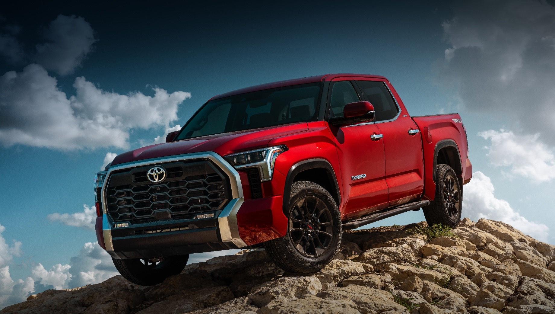 Пикап Toyota Tundra накопил технологии для премьеры