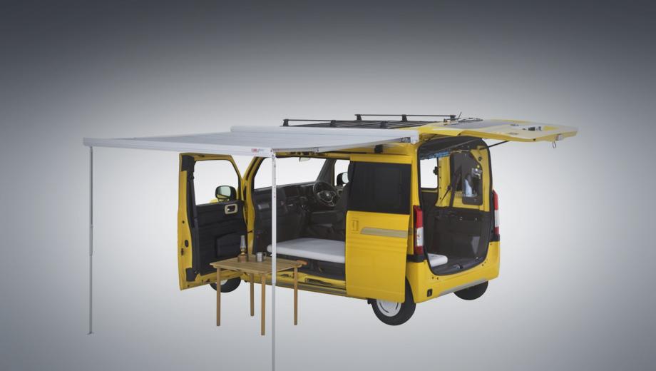 Honda n-van,Honda concept. Кровать, складной навес, выдвижная корзина для вещей под потолком, верхний багажник и другие элементы вполне предсказуемы.