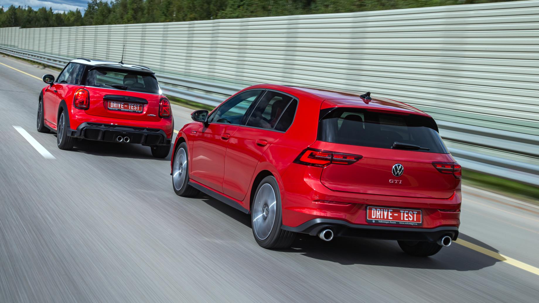 Оставляем добрый Volkswagen Golf GTI ради злого Mini JCW