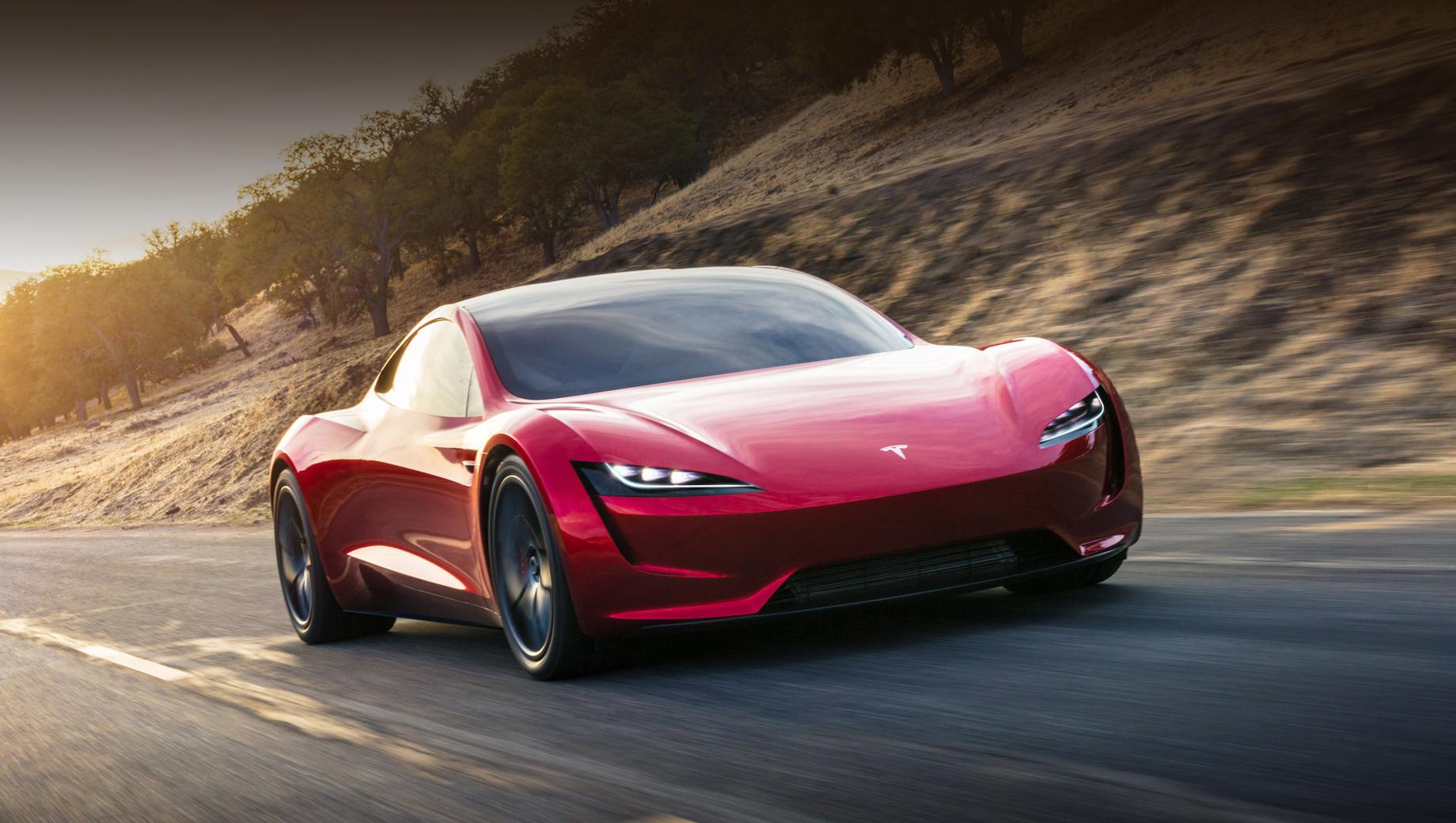 Tesla roadster. Цены пока остаются на уровне заявленных. Roadster в приветственной серии из 1000 экземпляров Founders Editions будет стоить $250 000 (17,9 млн рублей), а обычные версии — $200 000 (14,3 млн рублей).