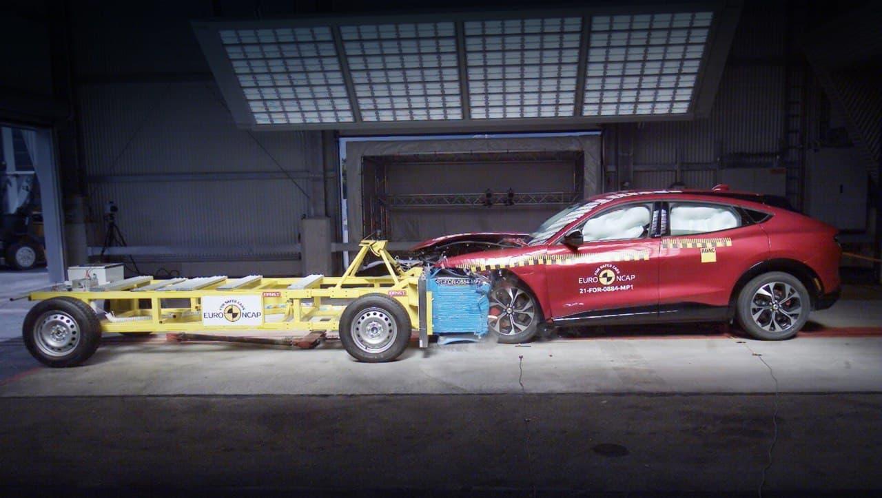 Эксперты Euro NCAP поставили высокие оценки пяти моделям